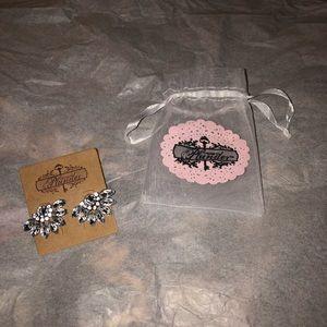 Denise earrings by plunder